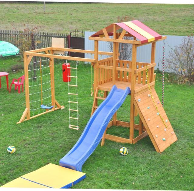 Деревянный детский комплекс