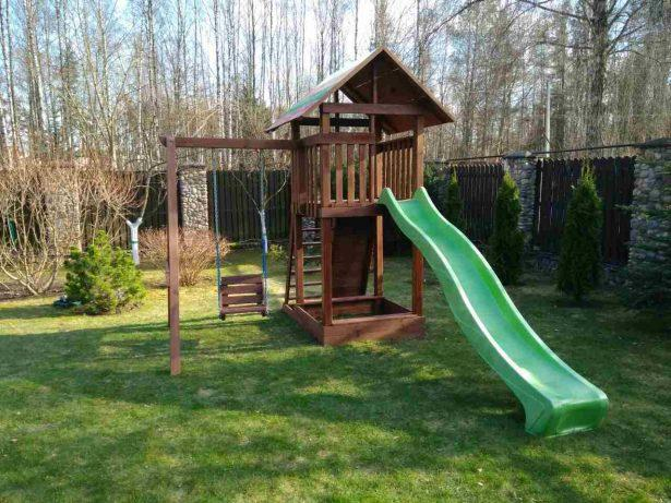 Детская деревянная площадка для дачи