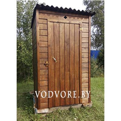 Туалет-кабина из дерева