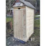 Уличный туалет из дерева